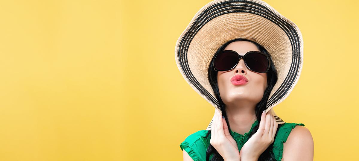 Consejos cuidar la piel en verano | Clínica De Cirugía Estética En Valladolid
